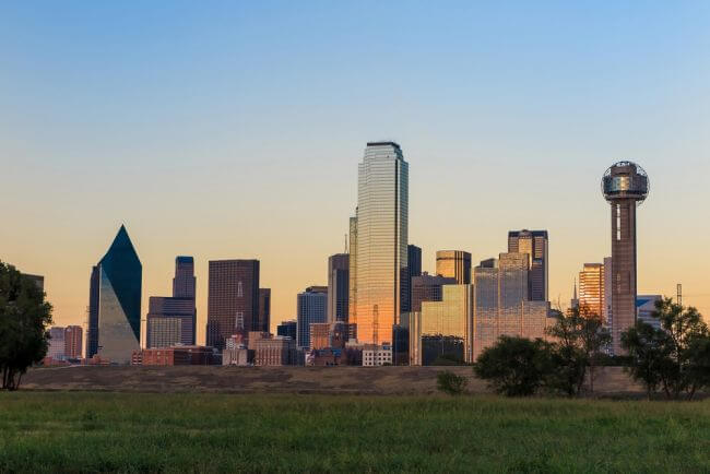 Holland & Knight Opens Office in Dallas with 12 Partners from Patton Boggs