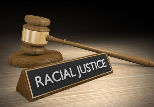 Quinn Emanuel Urquhart & Sullivan Accused Of Racial Discrimination