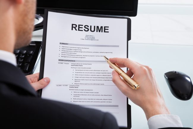 6 Things Attorneys and Law Students Need to Remove from their Resumes ASAP
