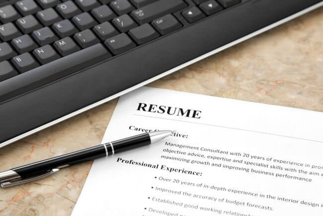 What Should I Put on My Attorney Resume?
